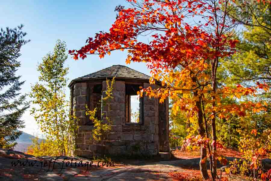 New England fall foliage and photography of the lookout point on Owls head Mountain