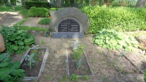 Arnolds' Grave
