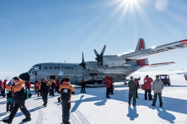 In addition to USAP members, we also flew with a bit of the crew of New Zealand's Scott Base, which is just over the hill from McMurdo on Ross Island.