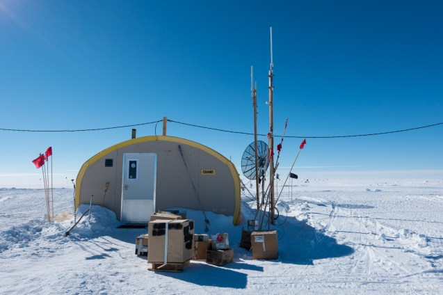 Outside of the comms tents, various antennas are setup, including VHF, HF, and Satellite.