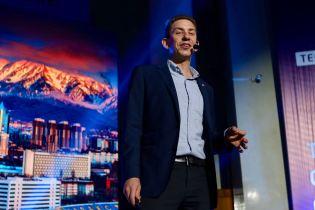 Jeffrey Donenfeld Keynote Speaker GoViral Kazakhstan - 12