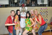 That's Baxter from the D-Backs, the KOOL Cover Girls and Maria Knight.
