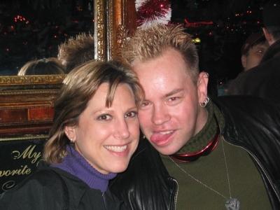 Beth & Rick...tongue-buddies at Pippins!