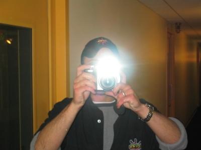 Joe Vlanzy-Smif (taking MY pic)