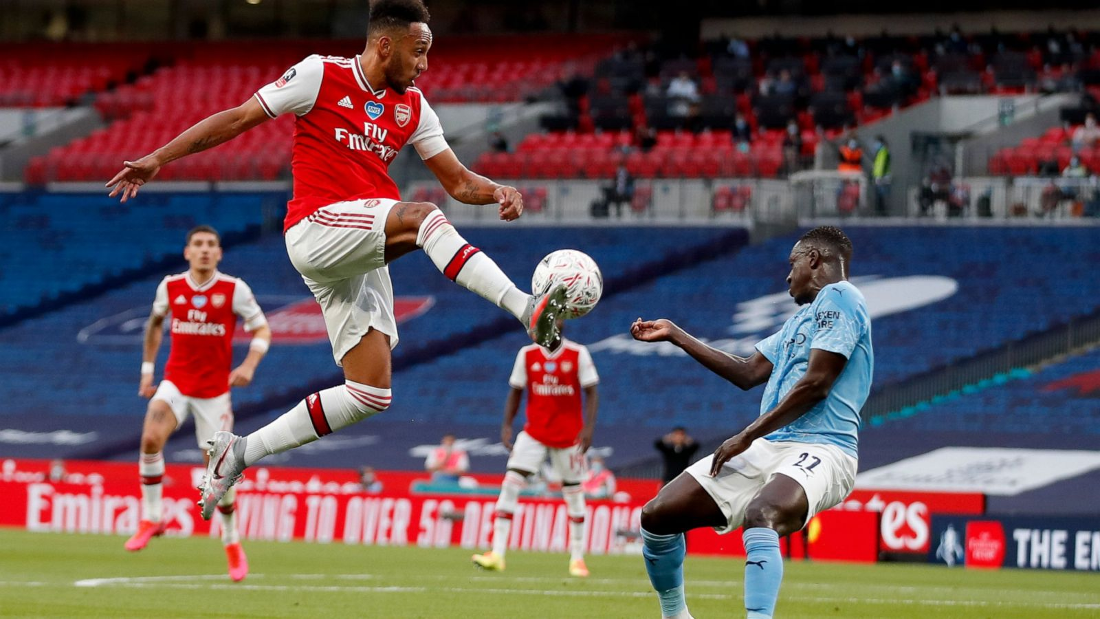 Arsenal Stuns Manchester City In F.A Cup Semis