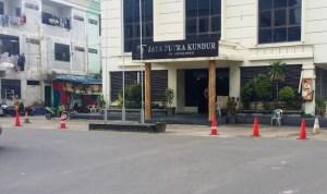 PT JPK Diduga Kuasai Fasilitas Umum Untuk Pribadi