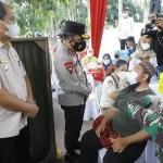 Kapolda Tinjau Pelaksanaan Vaksinasi Covid-19 di Asahan
