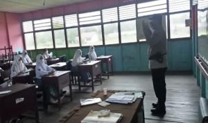 Sat Binmas Gerakan Mobil Masker di SMA Negeri 1 Kuala Pembuang