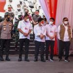 Danlantamal Vlll Dampingi Panglima TNI Kunker ke Kota Manado
