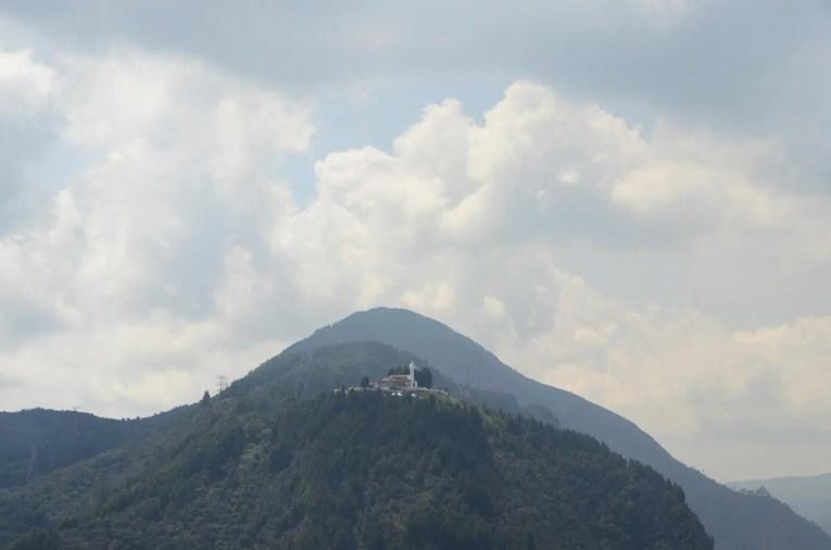 L'autre versant de la colline