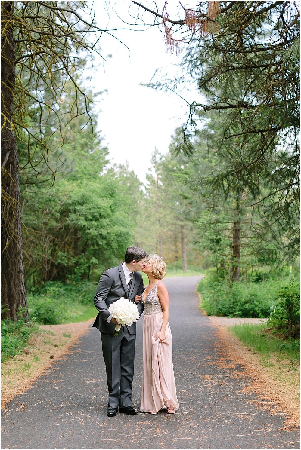 Swift_Water_Cellars_Washington_State_Wedding_Photographer_0021
