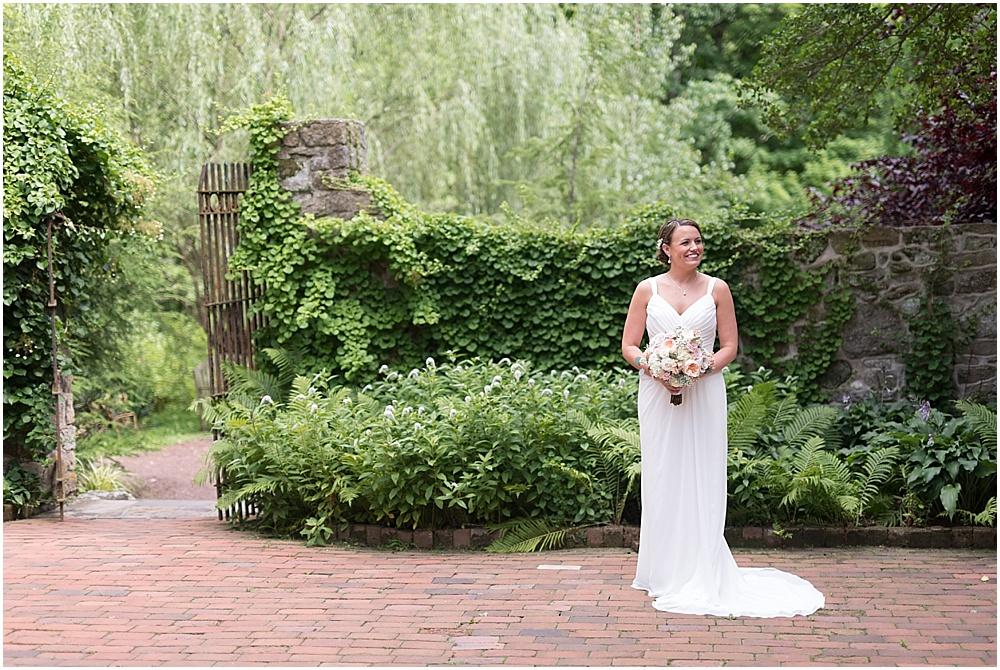 Hollyhedge_Estate_Pennsylvania_Wedding_Photographer_0040