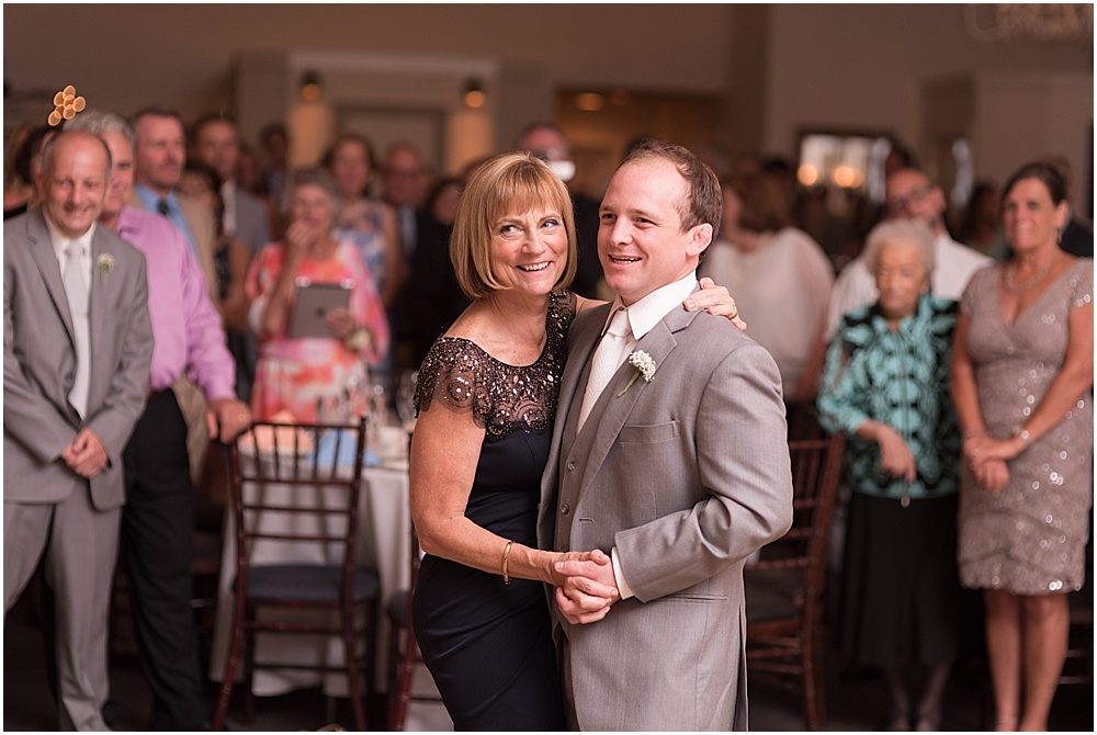 Hollyhedge_Estate_Pennsylvania_Wedding_Photographer_0143