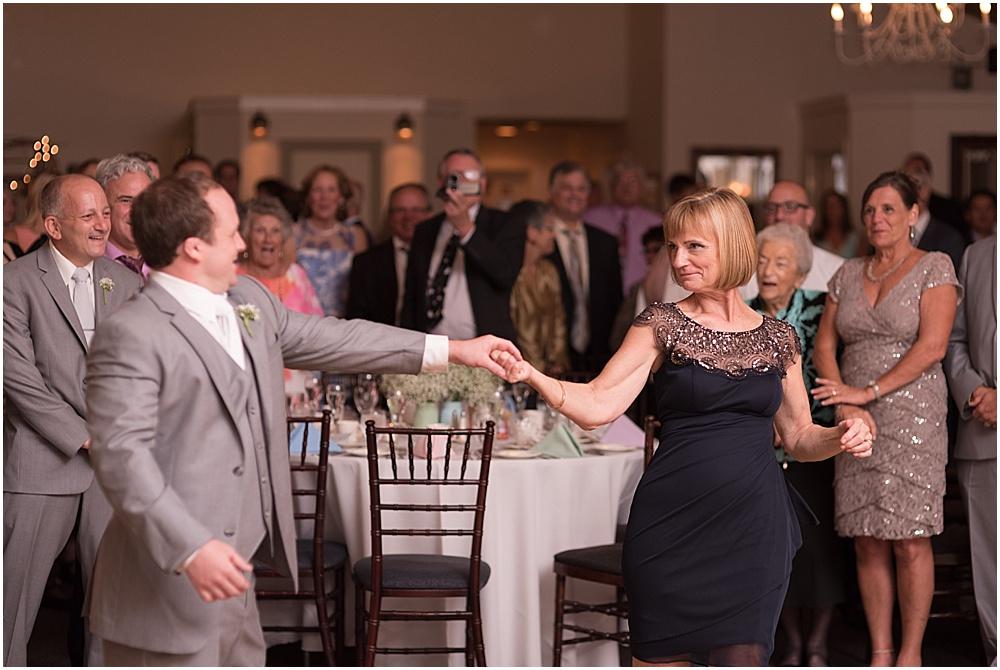 Hollyhedge_Estate_Pennsylvania_Wedding_Photographer_0144