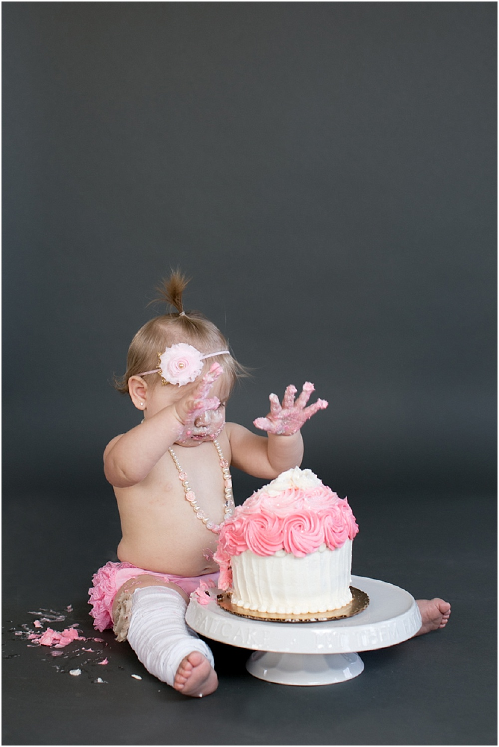 Maryland_family_Photographer_Aubree_Cake_Smash_first_Birthday_0030