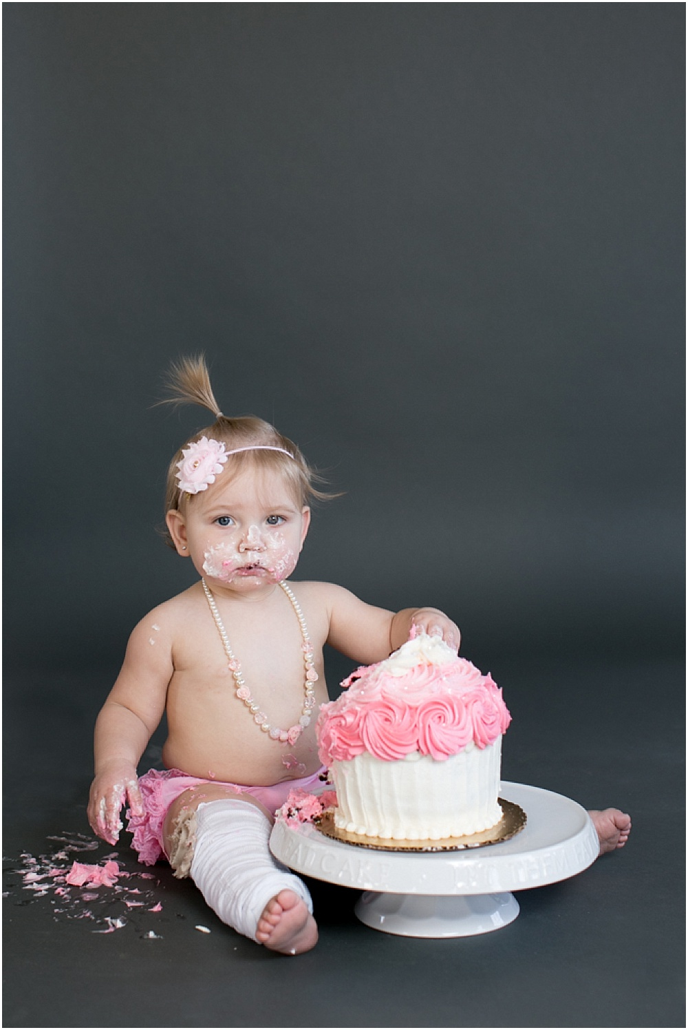 Maryland_family_Photographer_Aubree_Cake_Smash_first_Birthday_0031