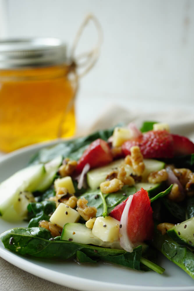 Strawberry Spinach Salad 4
