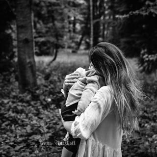 DSC_3505bw-child-photographer-hertfordshire-jenna-marshall-photography
