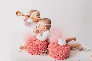 DSC_5528k_newborn-cake-smash-photographer-hertfordshire-jenna-marshall