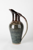 Mishima Pitcher