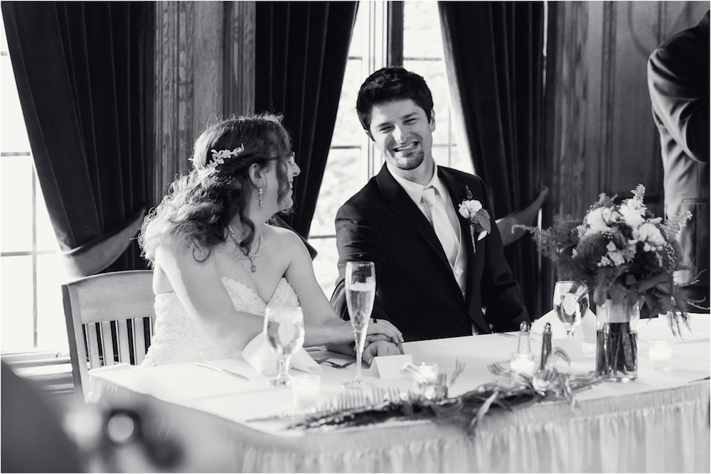 downtown-detroit-classic-elegant-wedding-photo-161.jpg