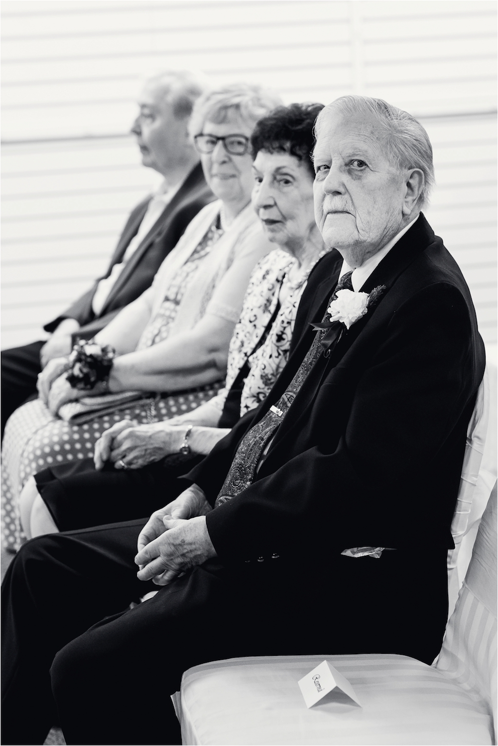 downtown-detroit-classic-elegant-wedding-photo-33.jpg