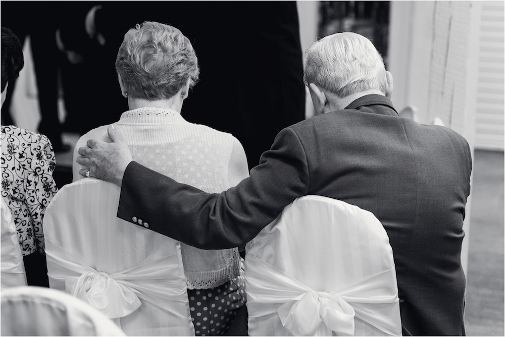 downtown-detroit-classic-elegant-wedding-photo-37.jpg