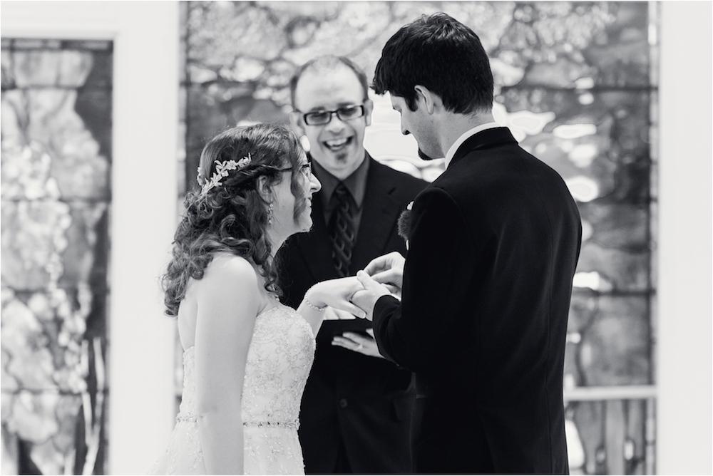 downtown-detroit-classic-elegant-wedding-photo-46.jpg