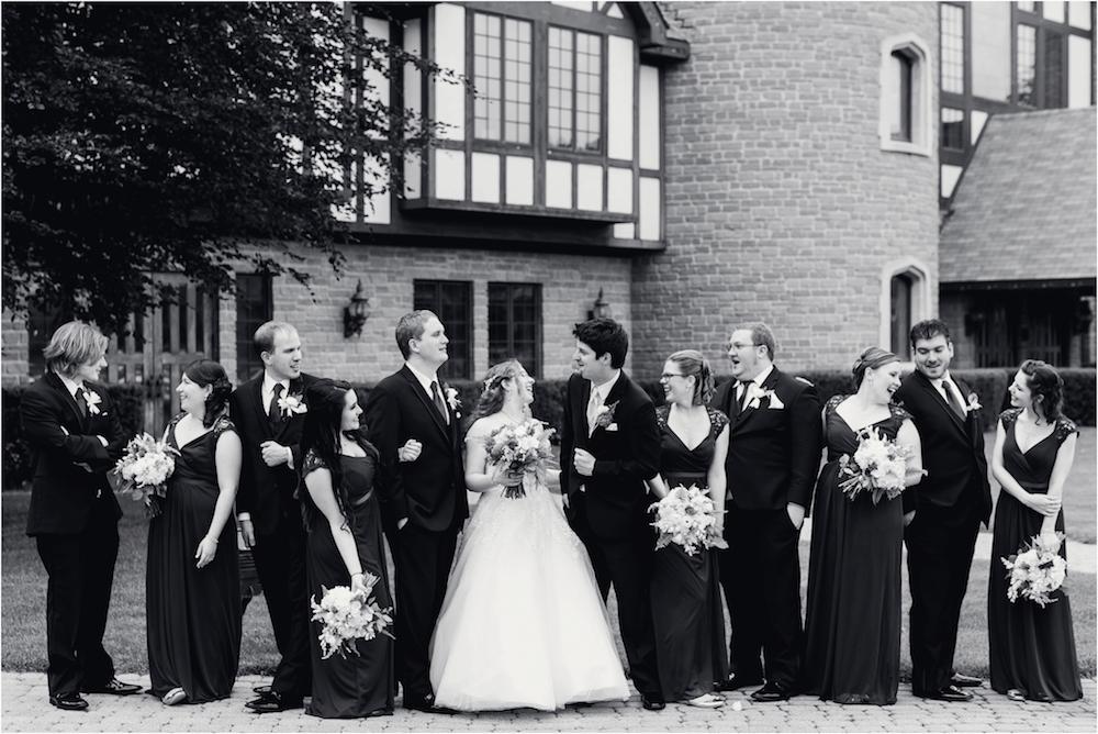 downtown-detroit-classic-elegant-wedding-photo-95.jpg