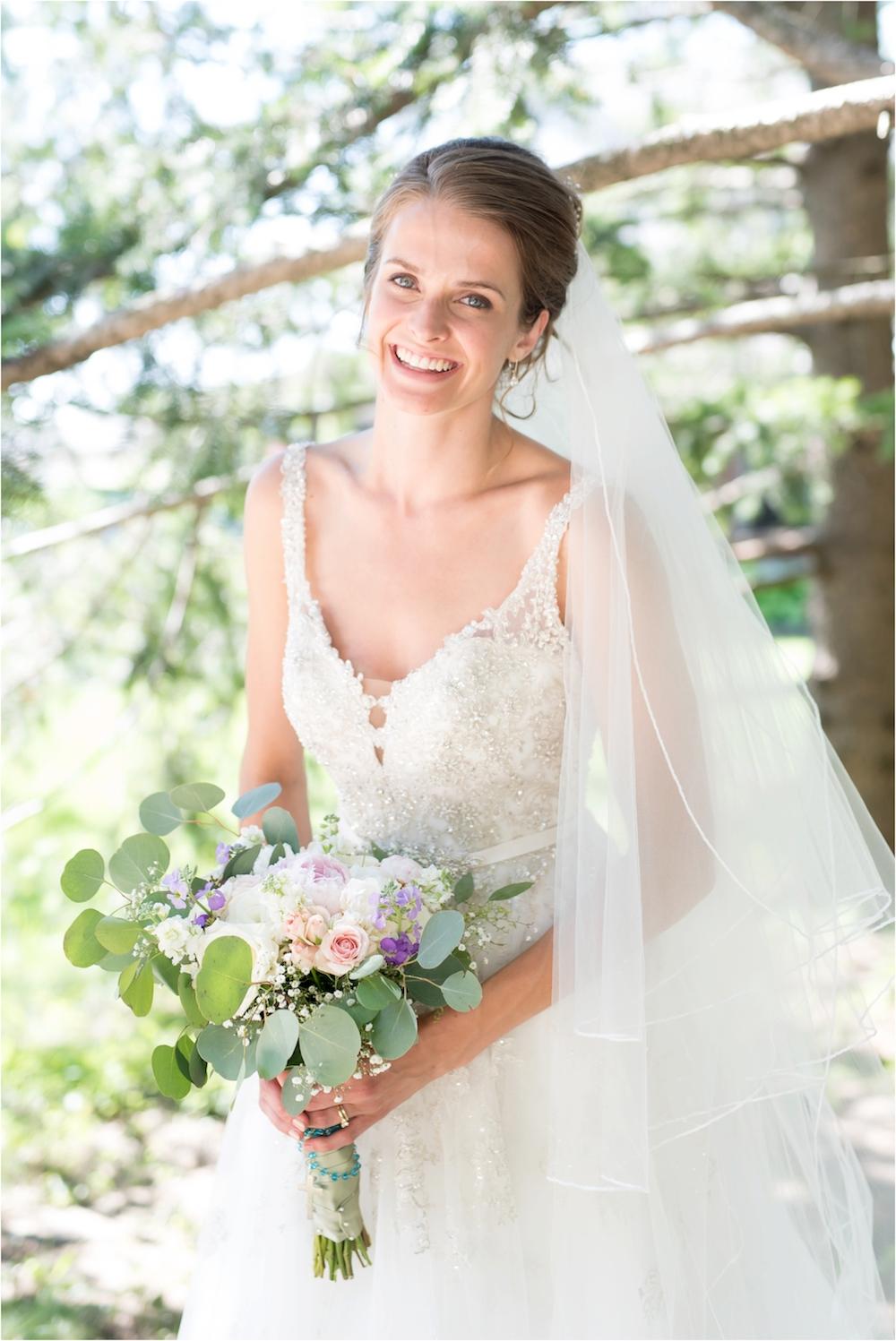 classic-planterra-detroit-michigan-wedding-photo-158.jpg