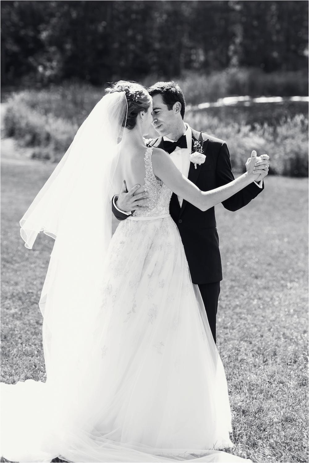 classic-planterra-detroit-michigan-wedding-photo-270.jpg