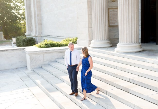 An Elegant Cleveland Museum of Art Engagement Session | Ashley & Max