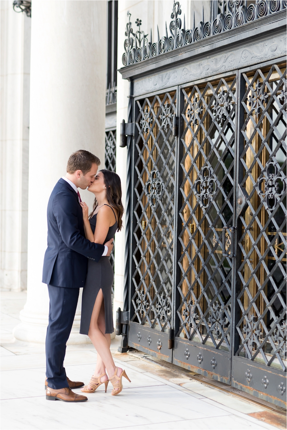detroit-institute-of-arts-marble-elegant-gold-wedding-engagement-photo-54.jpg