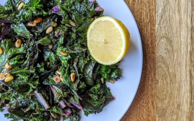 Sautéed Lemon & Pine Nut Kale (Plant-Based, High-Fiber, Low-Carb)