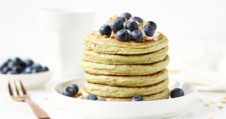 HEALTHY MATCHA PROTEIN PANCAKES