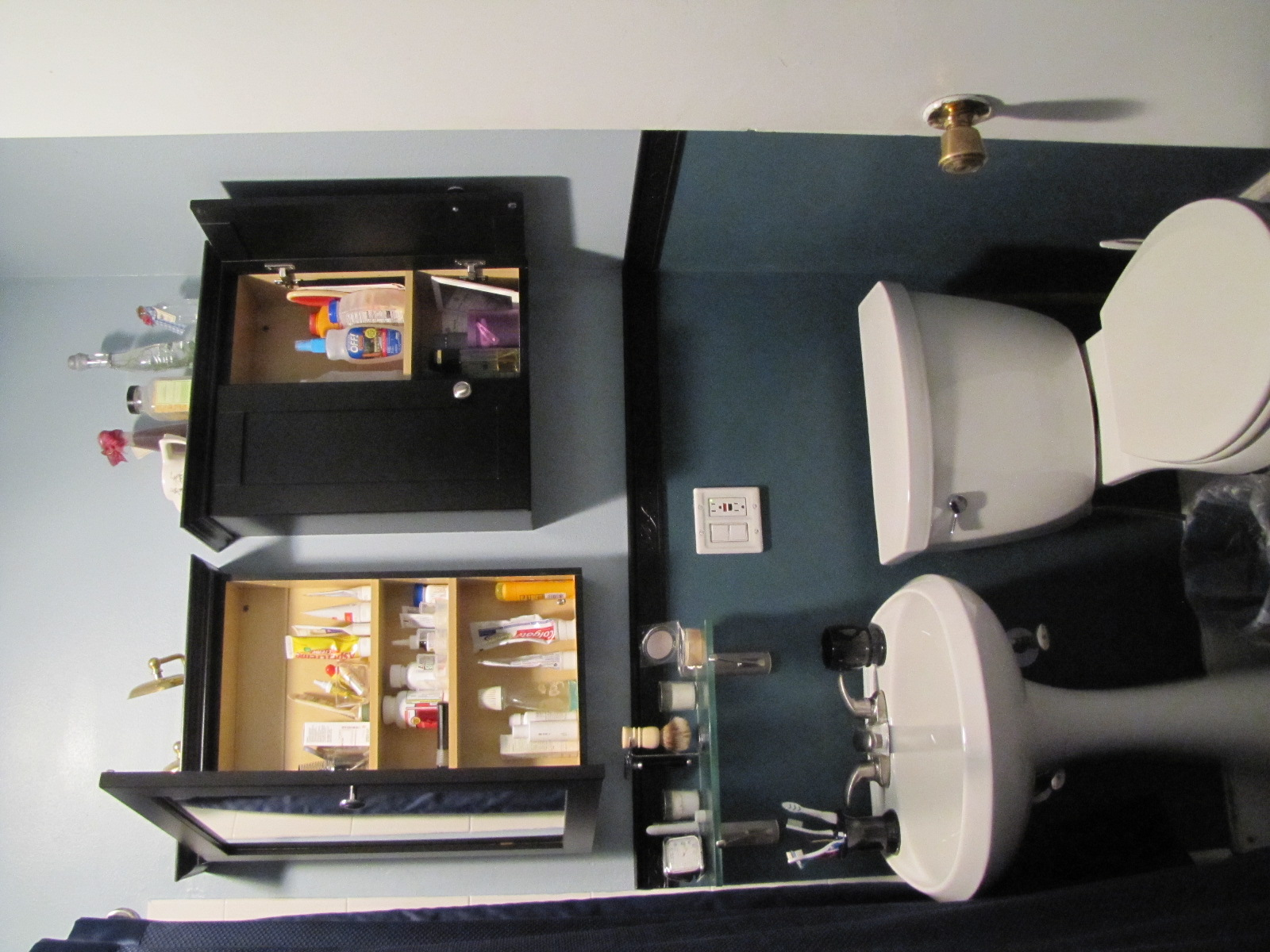 So little space sustainable organizing for Small bathroom medicine cabinets