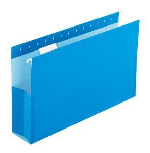 Pocket hanging folder