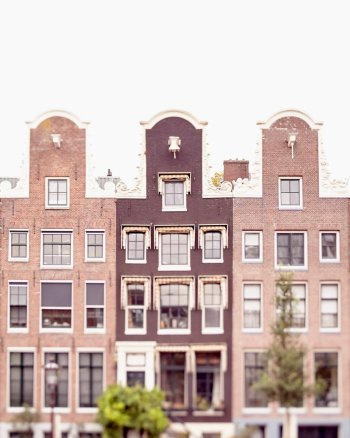 Lean On Me - Amsterdam Houses Picture