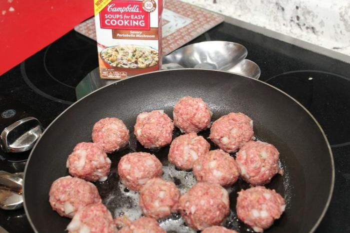 Meatballs in Savory Portobello Mushroom Sauce Recipe