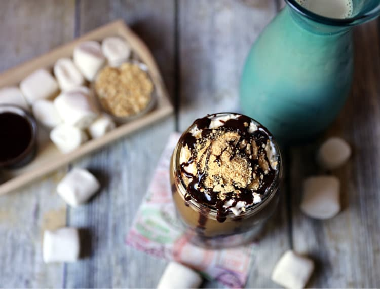 S'more's Iced Coffee Recipe | www.jennsblahblahblog.com | @jenblahblahblog