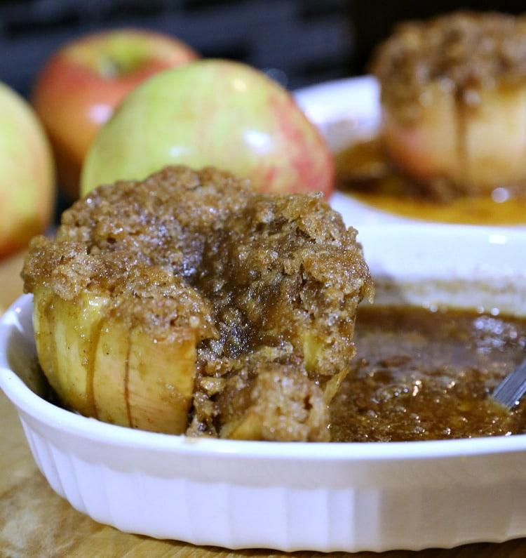 Caramel and Brown-Sugar Baked Apples | www.JennsBlahBlahBlog.com