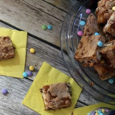 Easy M&M Sopapilla Cheesecake Bars Recipe