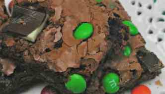 OMG, Loving This Mint & M&M Brownies Recipe