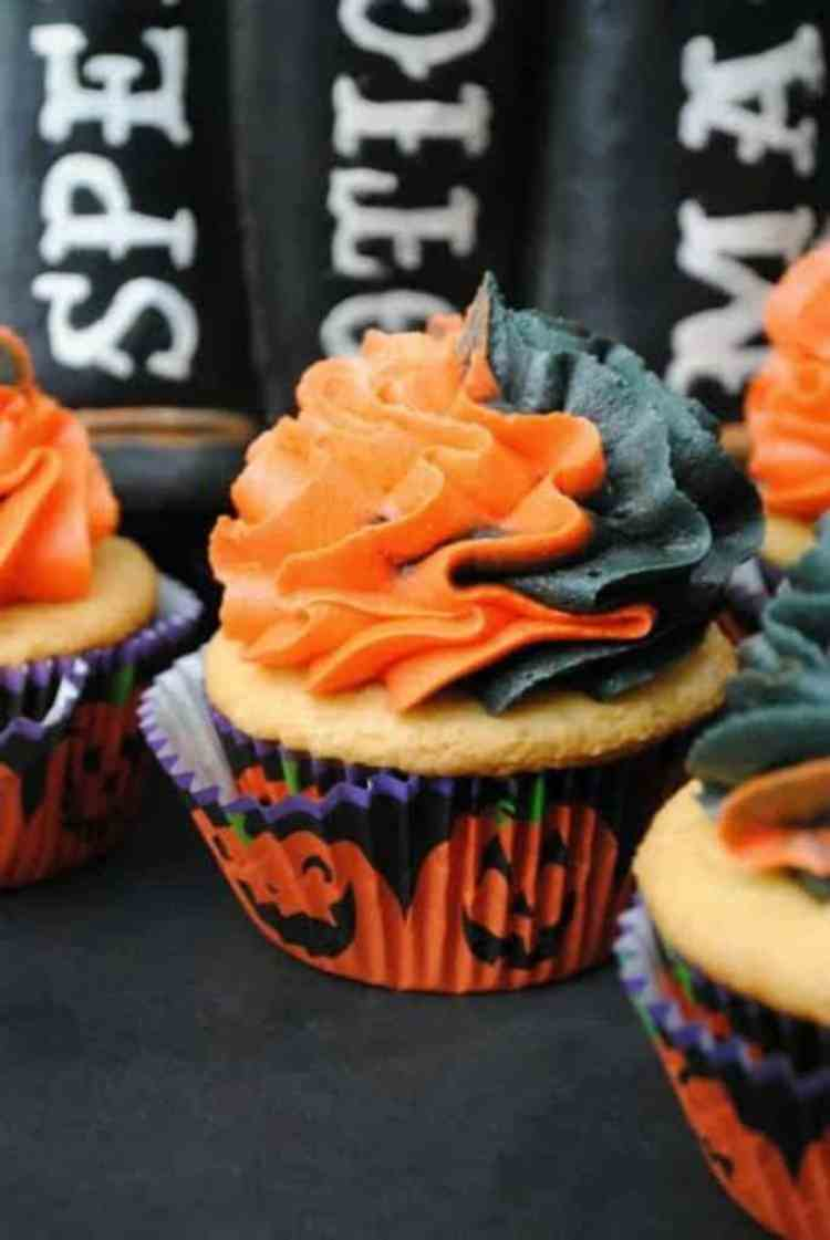 this-witches-cauldron-cupcake-recipe-is-amazing-1
