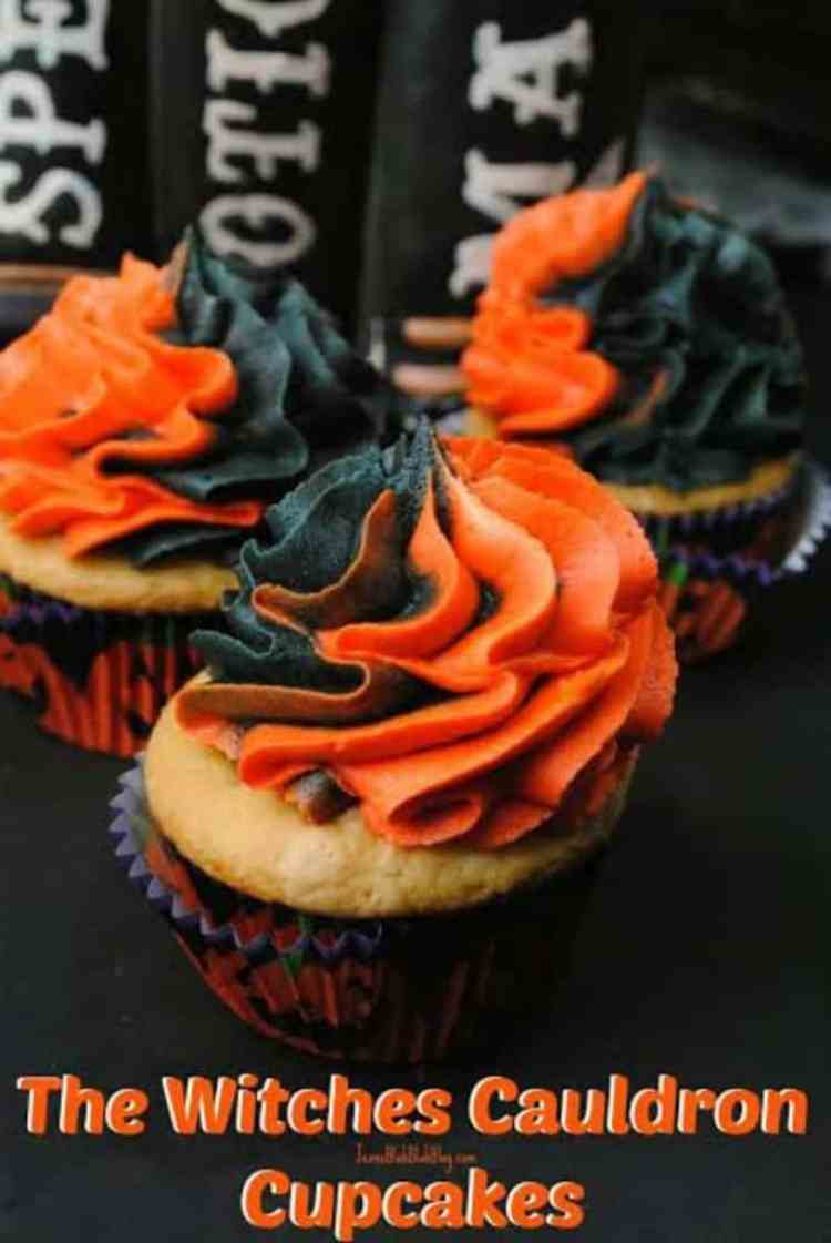 this-witches-cauldron-cupcake-recipe-is-amazing