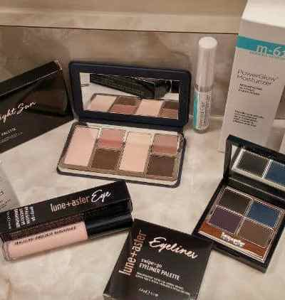 Let your Beauty Shine Through with Products from Bluemercury