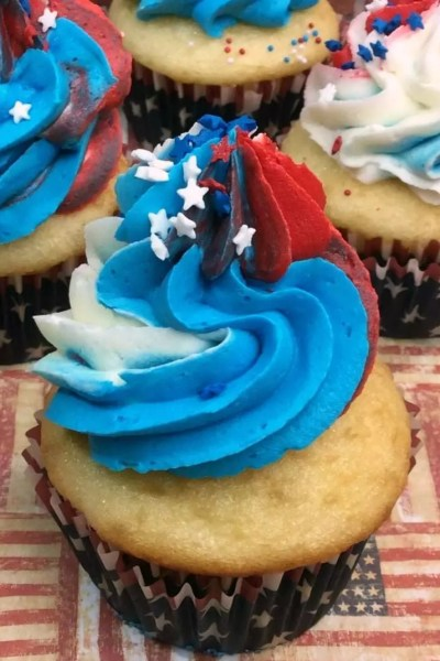 Red White and Blue Patriotic Cupcakes Recipe