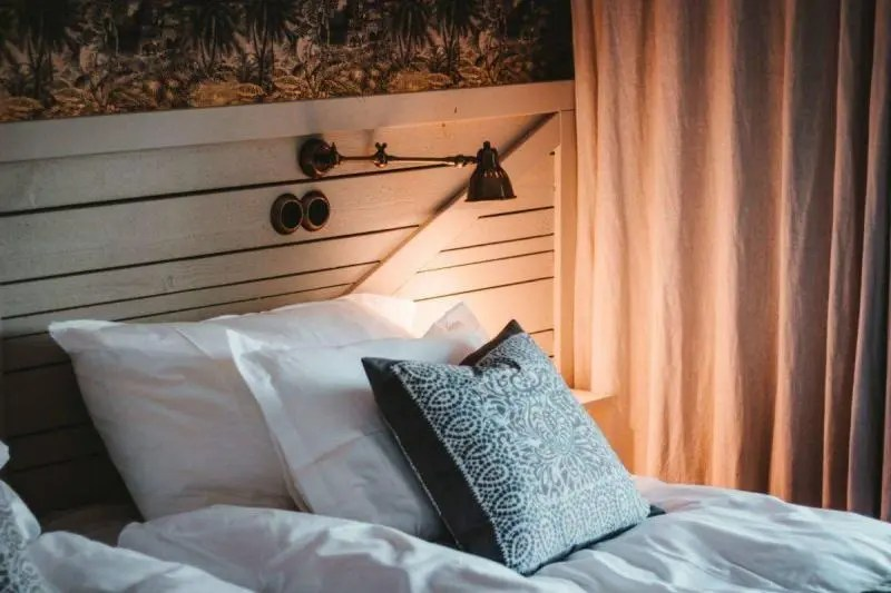 Tips To Create & Maintain Back-to-School Bedtime Routine & Keep Your Sanity