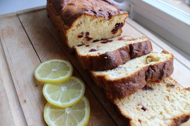 lemon protein cake
