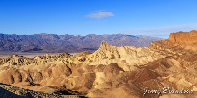 Sunrise in Death Valley - Zabriskie Point